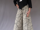 Jupe culotte : 270€ / Veste:120€